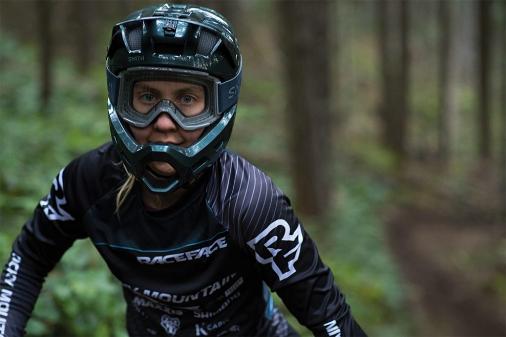 SMITH presenta MAINLINE, il casco integrale da enduro per i rider più evoluti